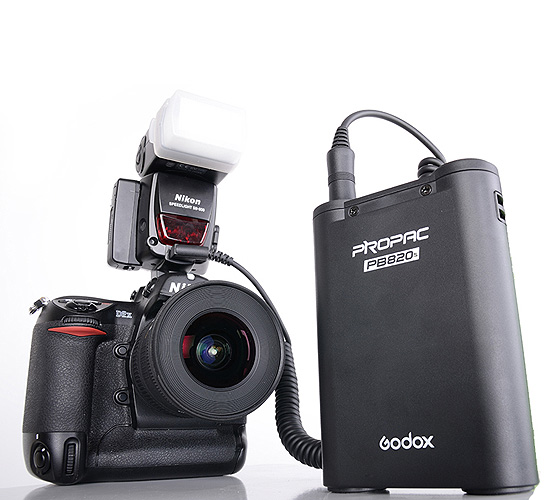 Godox Booster pour Flash PB-820S